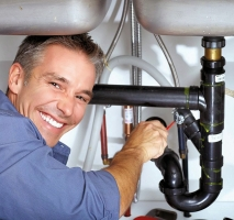 Những sự cố về ống nước bạn có thế gặp và cách khắc phục