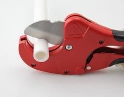 Tư vấn cho bạn cách cắt ống nước PPR