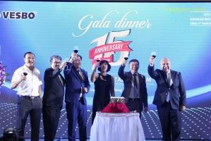 Hãng Vesbo tổ chức Gala Dinner tại khách sạn Liberty Central Nha Trang nhân dịp kỷ niệm 15 năm Vesbo có mặt tại Việt Nam